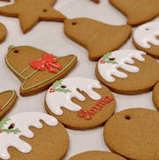 Gingerbread, Biscuit, Lebkuchen, Food, Icing, Dessert, Cookies and crackers, Snack, Baking, Bredele,