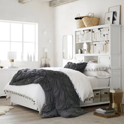 bed hutch