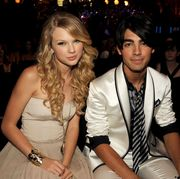 taylor swift and joe jonas at the 2008 mtv video music awards