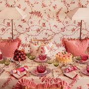 Pink, Decoration, Sweetness, Tablecloth, Tableware, Textile, Centrepiece, Wallpaper, Interior design, Table,