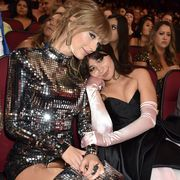 taylor swift and camila cabello at the 2018 american music awards