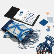 Illustration, Graphic design, Design, Font, Blue and white porcelain, Games,