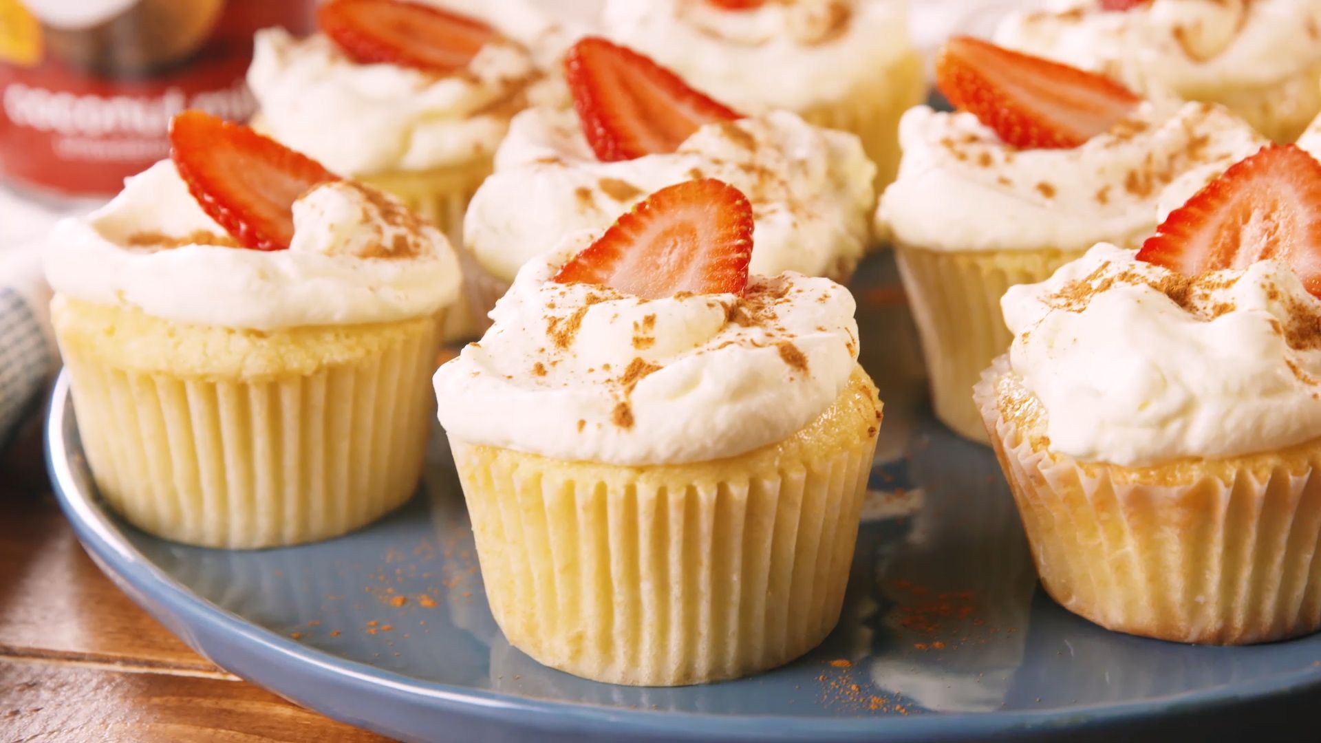 Best Tres Leches Coconut Cupcakes Recipe How To Make Tres Leches Coconut Cupcakes