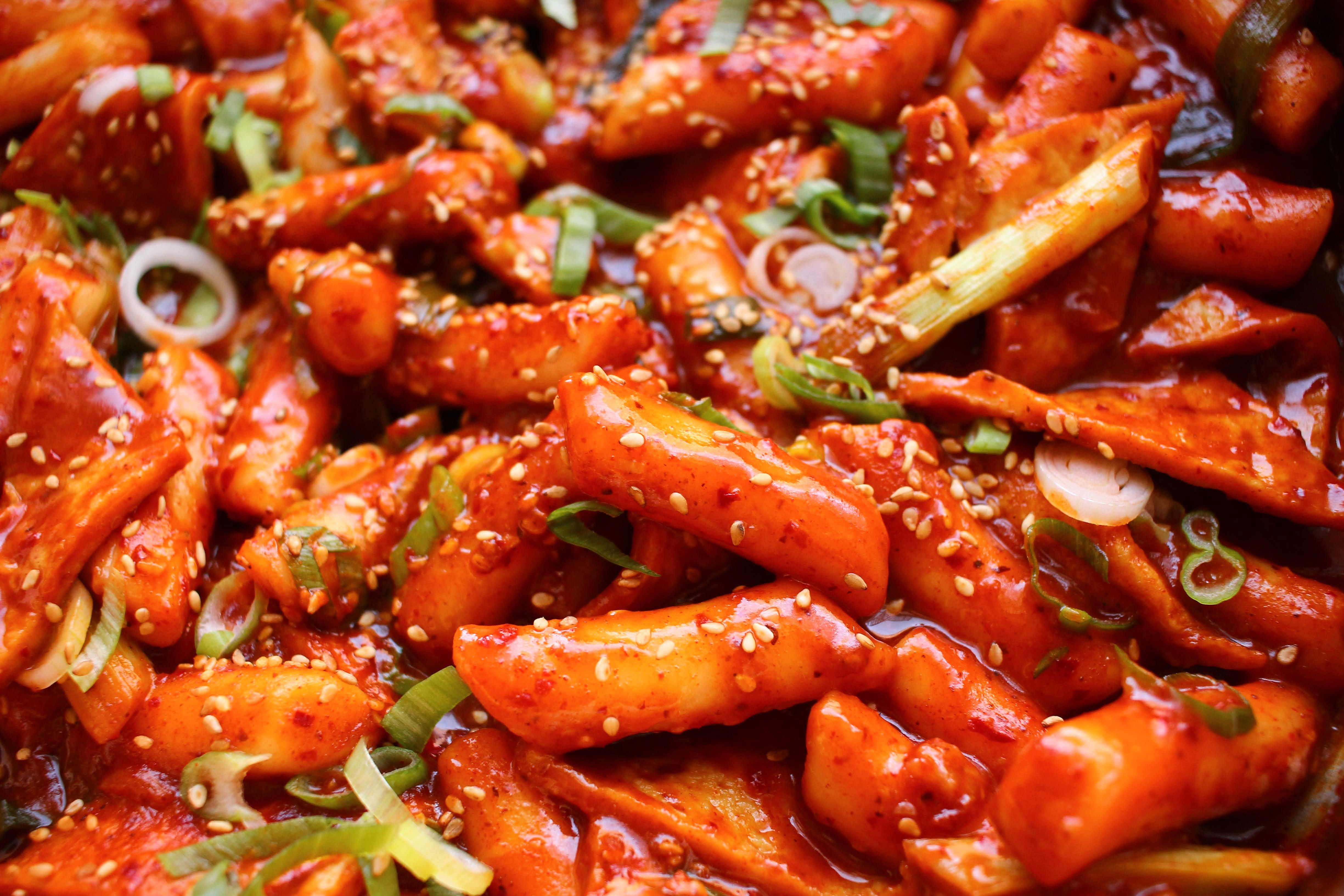 Best Tteokbokki Recipe How To Make Spicy Korean Rice Cakes