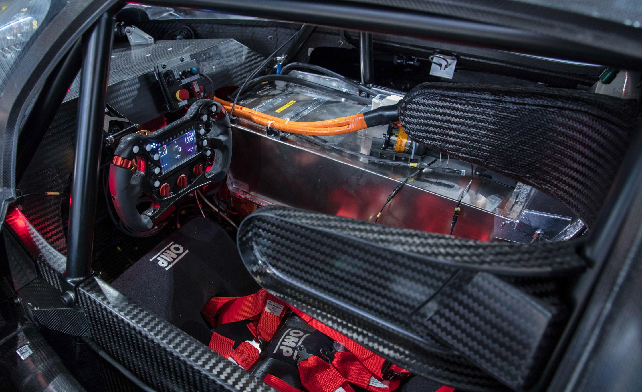 VW ID R Pikes Peak Electric Race Car Boasts 671 Horsepower News