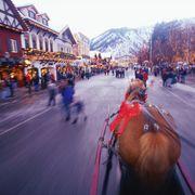 usa, washington, leavenworth, street scene, winter blurred motion