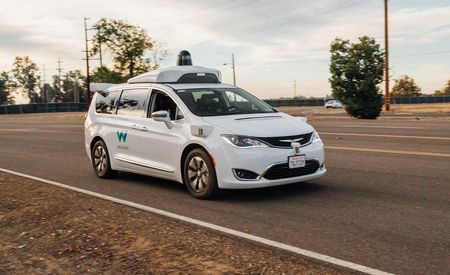 Waymo and FCA Double Down on Self-Driving Ambitions