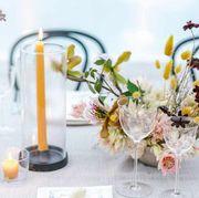 Centrepiece, Product, Floristry, Flower, Glass bottle, Floral design, Flower Arranging, Bottle, Cut flowers, Plant,