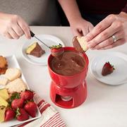 Finger, Food, Cuisine, Serveware, Ingredient, Tableware, Hand, Dishware, Dish, Meal,