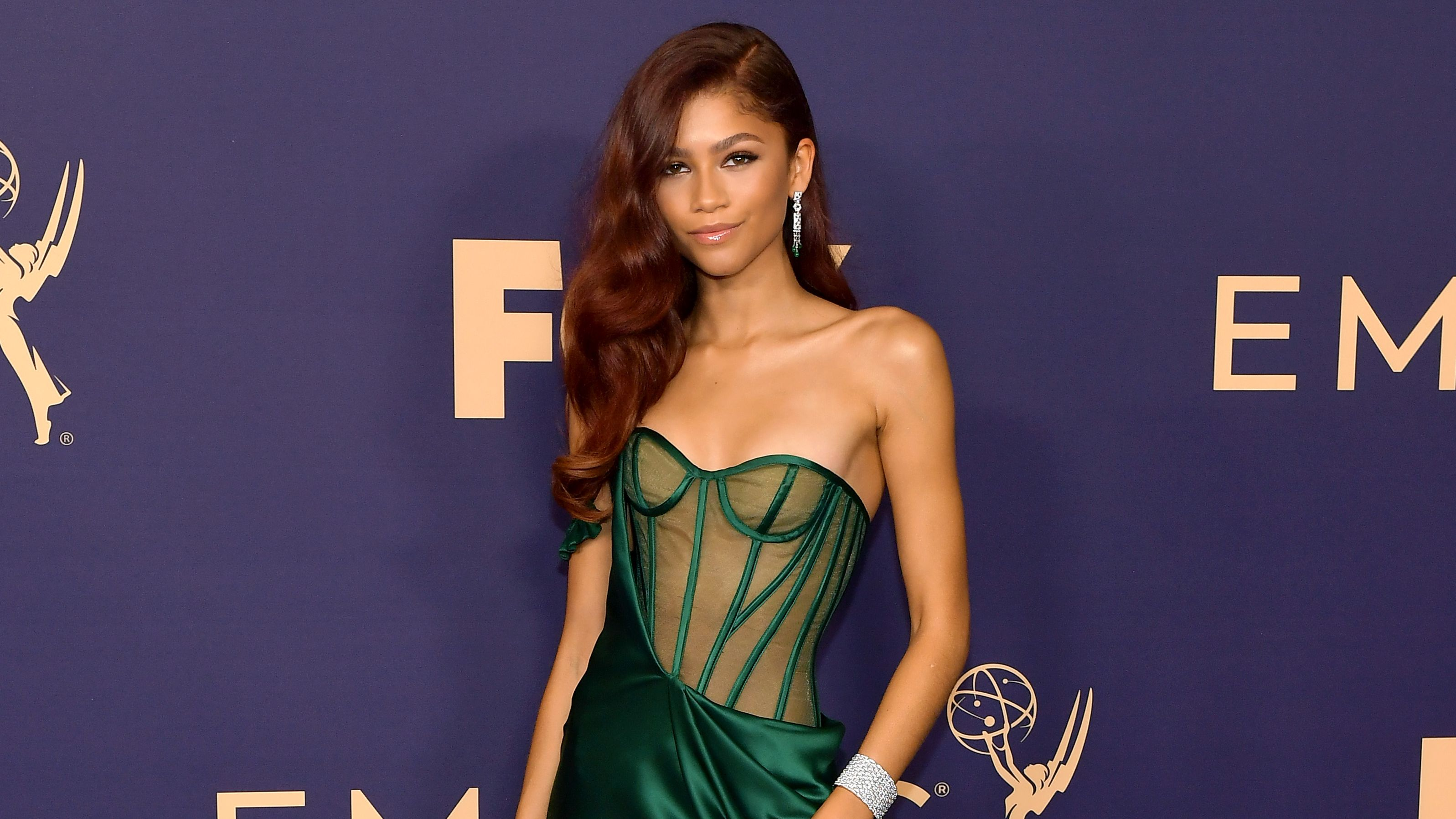 "Zendaya Will Voice a ""Fully-Realized"" Lola Bunny in Space Jam: A New Legacy"