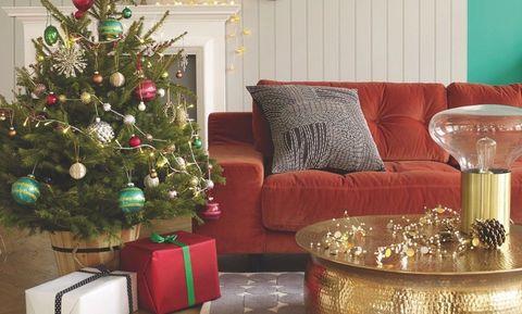 8 Stylish Christmas Living Room Looks