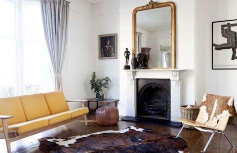 Room, Wood, Interior design, Property, Floor, Home, Furniture, Living room, Wall, Interior design,
