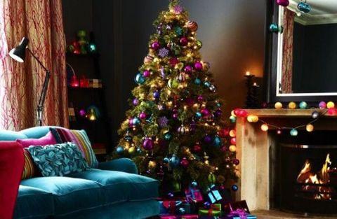 Lighting, Room, Interior design, Event, Christmas decoration, Christmas tree, Home, Christmas ornament, Pink, Interior design,