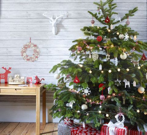celebrate the festive season in nordic country style - Nordic Christmas Tree Decorations