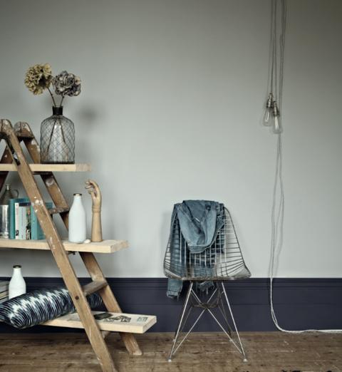 Wood, Product, Room, Wall, Shelving, Grey, Still life photography, Iron, Interior design, Shelf,