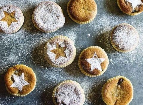 Dish, Food, Cuisine, Mince pie, Baking, Ingredient, Dessert, Powdered sugar, Baked goods, Cider doughnut,