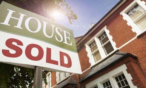 Window, Property, Brick, Real estate, Font, Brickwork, Fixture, Signage, Roof, Sign,