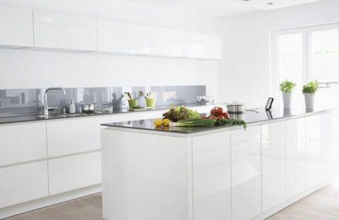 Room, Floor, White, Interior design, Glass, Kitchen, Ceiling, Countertop, Fixture, Interior design,