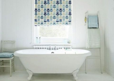 Blue, Product, Plumbing fixture, Floor, Room, Interior design, Flooring, Property, Architecture, Bathtub,