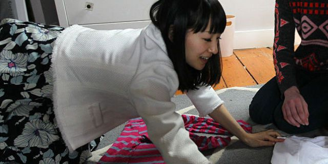 Decluttering Guru Marie Kondo Shows The Perfect Way To