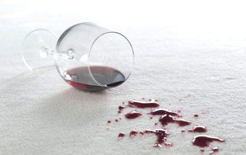 Liquid, Fluid, Glass, Drinkware, Stemware, Drink, Wine glass, Red, Dessert wine, Ingredient,