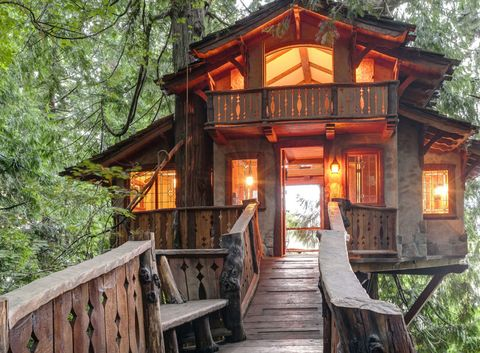 A Fairytale Treehouse With The Charm Of Swiss Chalet