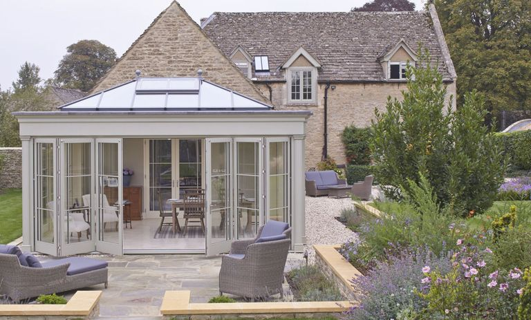 10 major mistakes to avoid building a conservatory