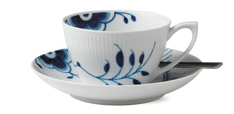 teacups-blue and white-design