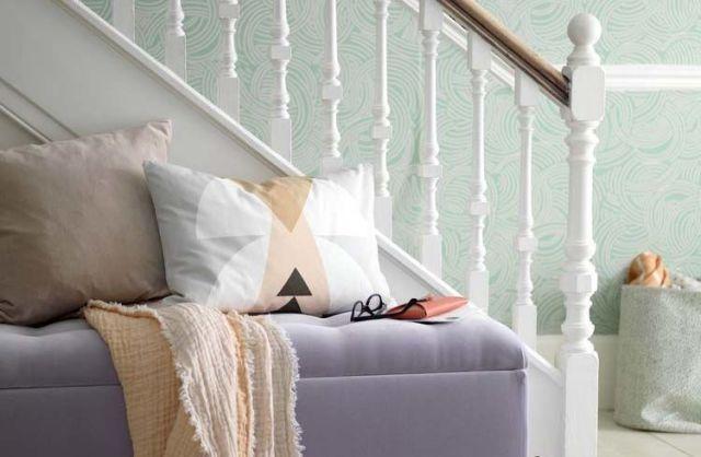 hallway-ottoman & 8 Bold Hallway Decorating Ideas