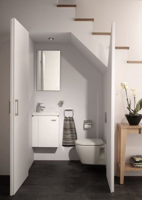 Ideal Standard downstairs toilet