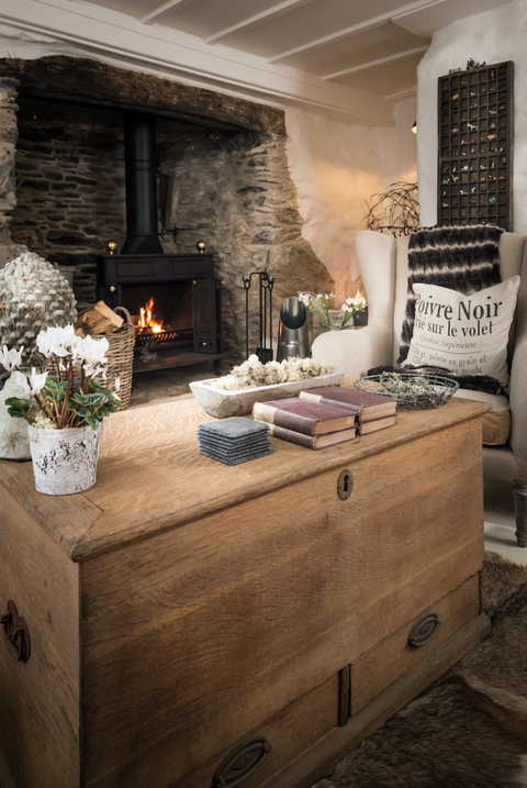The Fable Cottage In Cornwall Log Fire