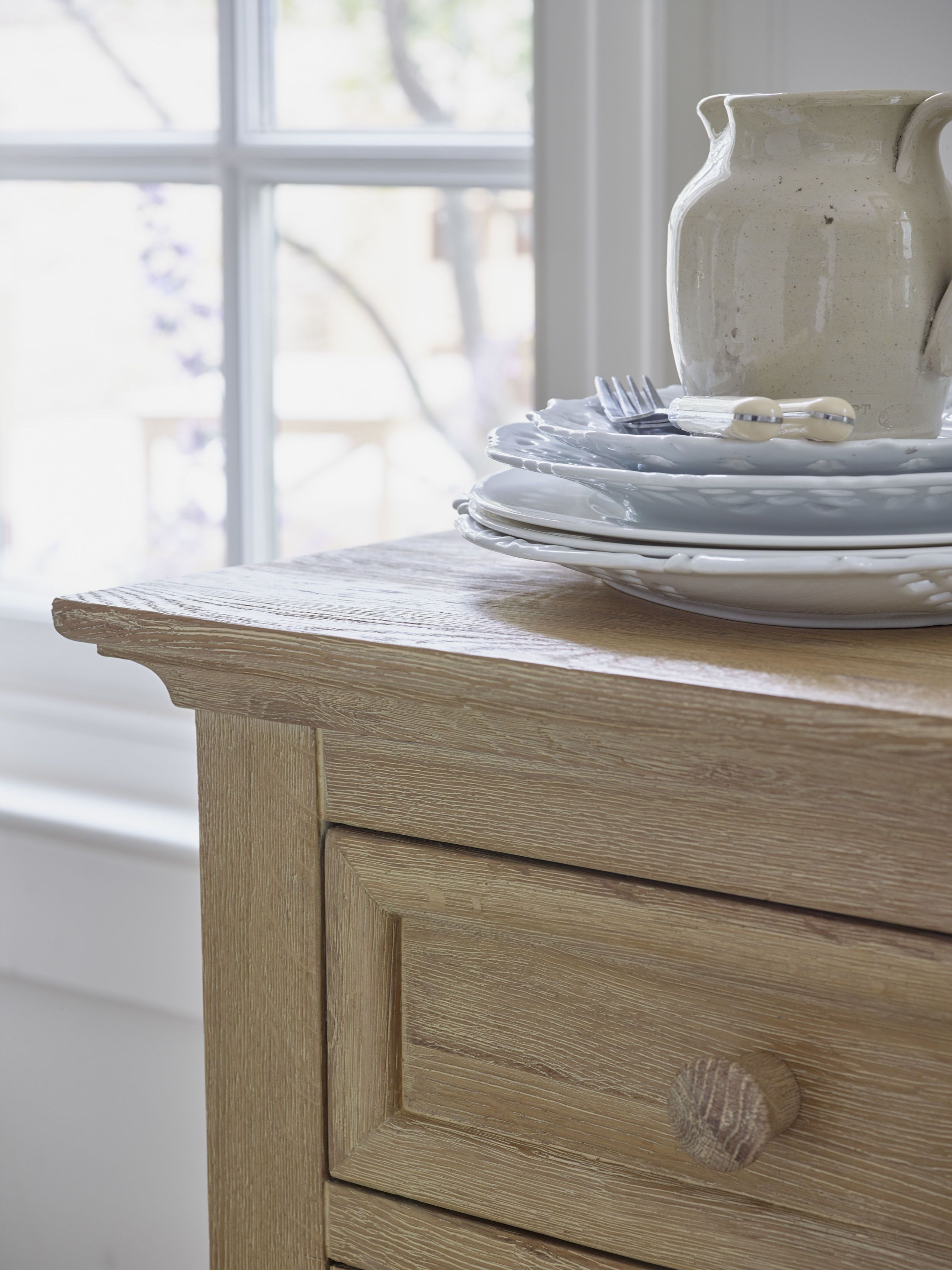 Merveilleux Oak Furniture Land Coastal French Washed Solid Oak Small Sideboard