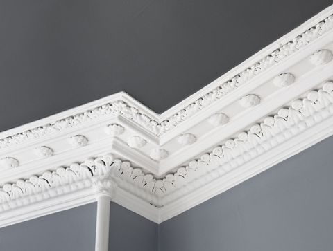 Traditional Ceiling Cornice Moulding: Close up of a traditional, intricate Georgian cornice moulding on the interior of an Edinburgh flat.