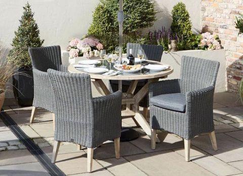 Wyevale Garden Centres outdoor dining set