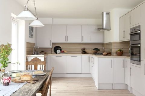 1950s seaside bungalow transformed with open-plan kitchen ...