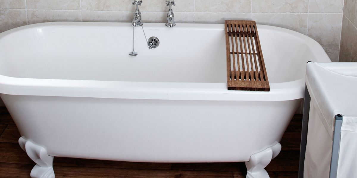 bath repair how to fix chips in ceramic porcelain and enamel bathtubs. Black Bedroom Furniture Sets. Home Design Ideas