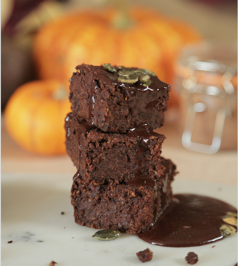 pumpkin brownie by graze halloween recipe