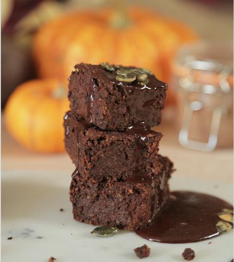 pumpkin brownie by graze halloween recipe
