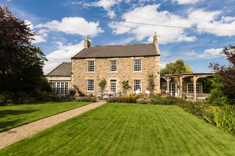 Grade II Listed Georgian property - former farmhousre - located in the sought-after West End of Hexham