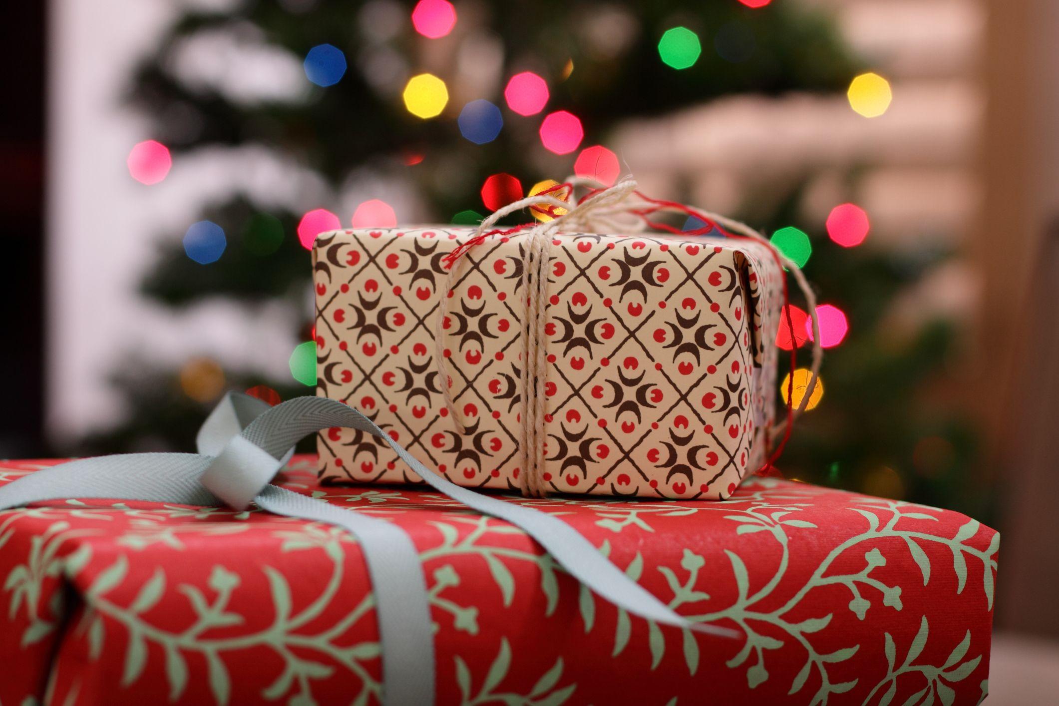 7 ways to save money this Christmas