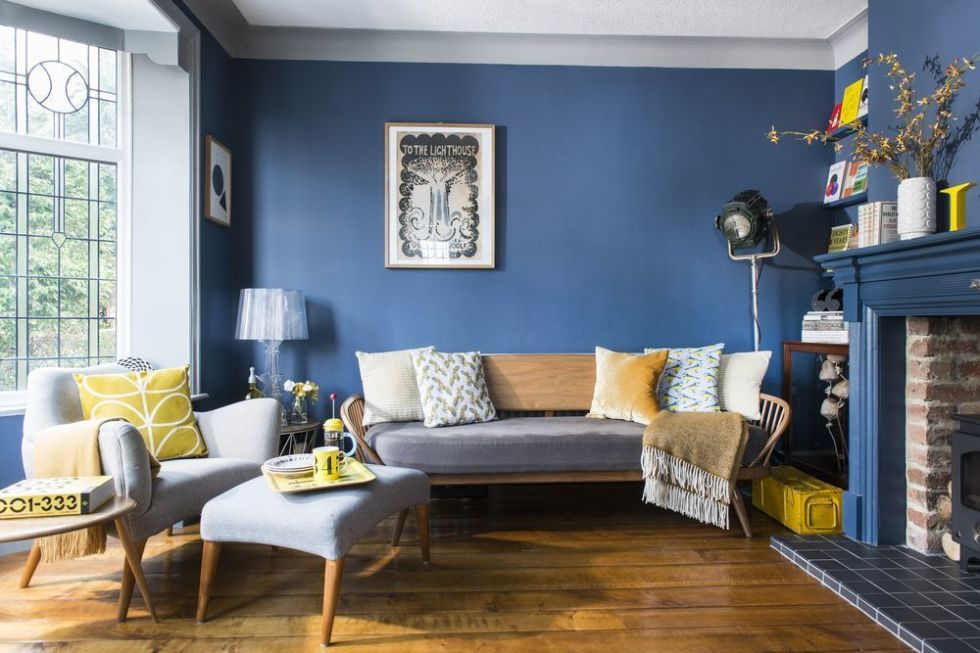 Blue Retro Living Room Inspired By Books