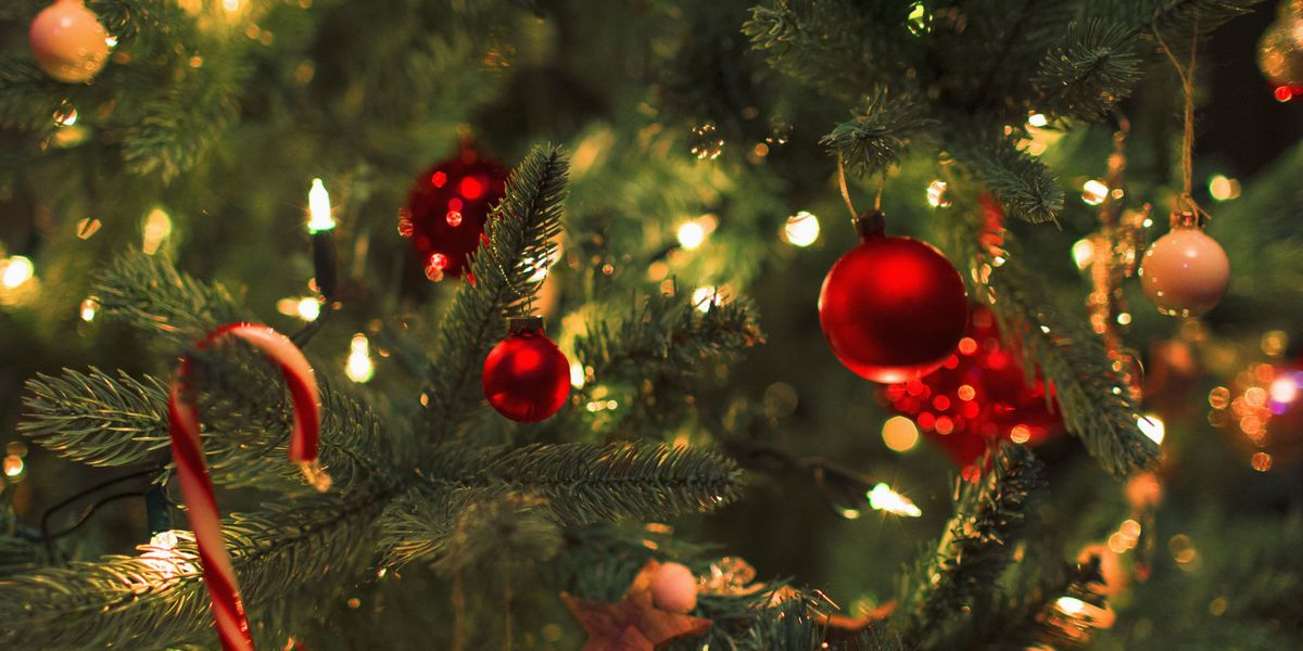 - Christmas Decorations: Is Less More?
