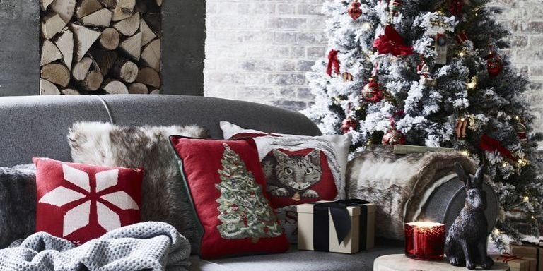 George Home   Christmas Luxe   Elegant Merry Christmas Living Room    Festive Makeover