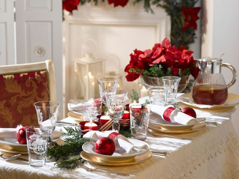festive christmas table - How To Decorate A Christmas Table