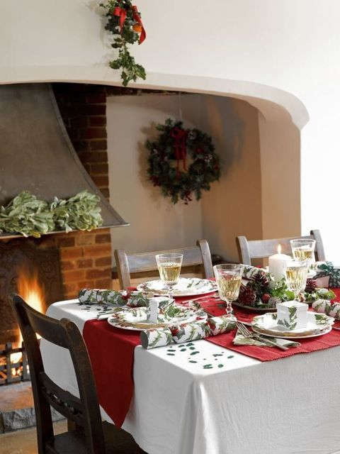 Popup party - Talking Tables Botanical Christmas