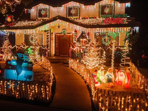 houses with bright and extravagant christmas lights - Christmas Lights And Decorations