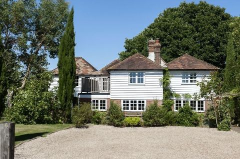 A six-bed weatherboard cottage built in 1750 in the Weald of Kent