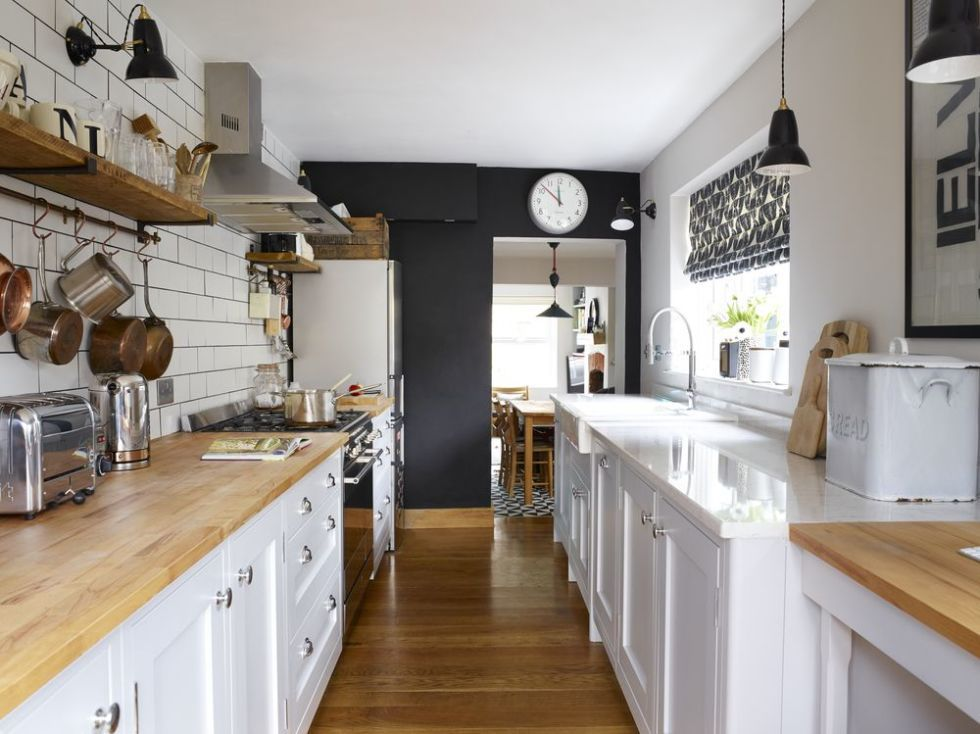 Delicieux Victorian Cottage Shaker Style Galley Kitchen Renovation