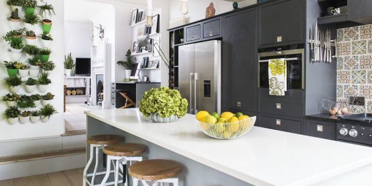 This kitchen is proof of how you can bring the outside in