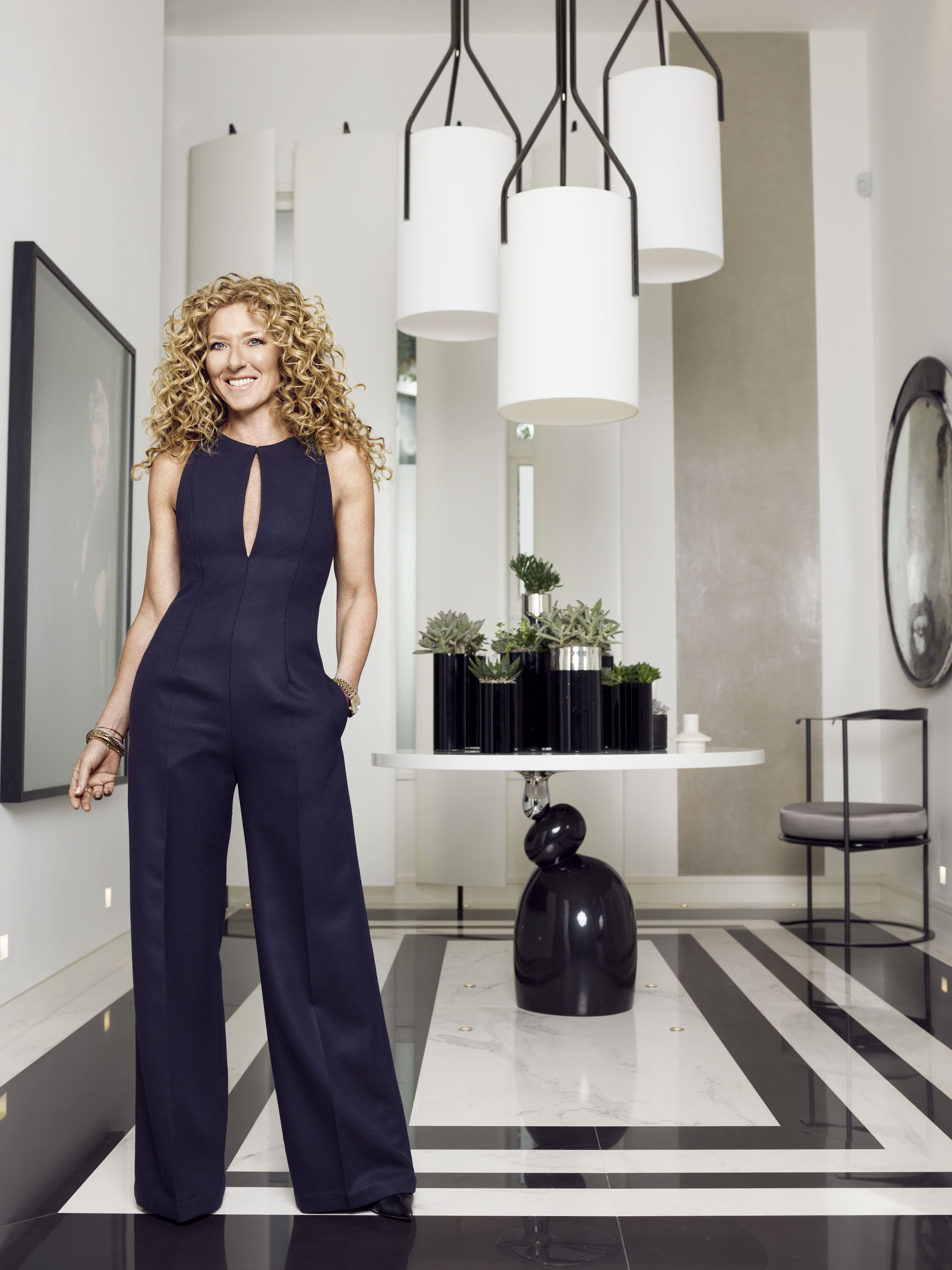 Interior Designer Kelly Hoppen Profile Photo. Kelly Hoppen